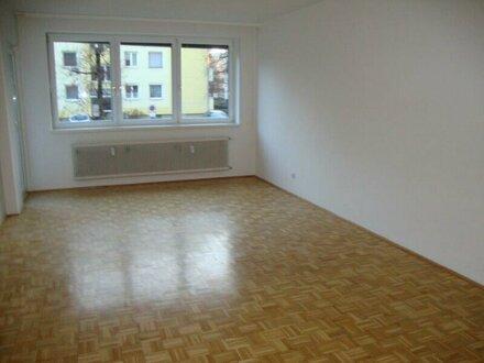 WOHNEN AN DER GLAN! Sonnig gelegene, geräumige 2-Zimmer-Wohnung mit Loggia zu verkaufen