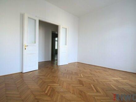 ***Best Lage --- Unbefristete3-Zimmer Altbauwohnung --- Balkon mit Blick auf Rossauer Kaserne--- Küche***