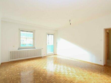 Gut geschnittene 3-Zimmer Neubau Wohnung mit Balkon