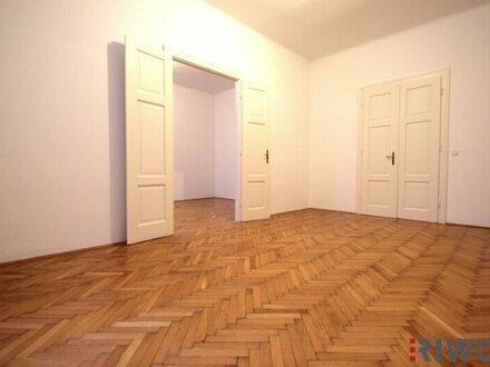 ***Top Lage --- 4-Zimmer --- Ruhelage --- Balkon --- U-Bahn Nähe***