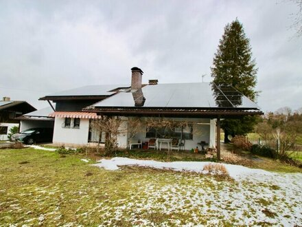 Saaldorf-Surheim: Einfamilienhaus in idyllischer Lage!
