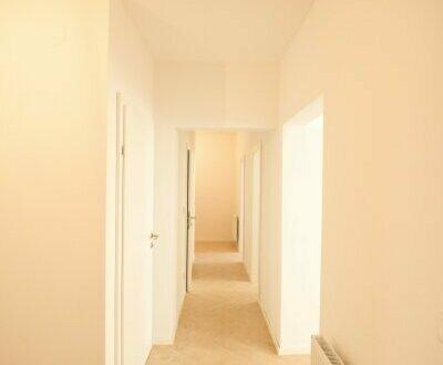 helle, getrennt begehbare 3 Zimmerwohnung im vollsanierten Wohnbauprojekt - 1 Minute zur Mariahilferstraße