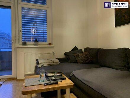BEZAUBERNDE 2 Zi-Wohnung + Großer Balkon + Beste Lage! Sofortbezug möglich + Tiefgarage im Haus!