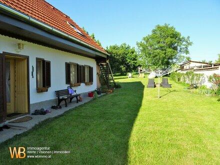 Idylliches Wochenendhaus mit altem Obstgarten