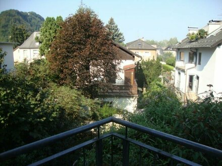 Neuwertige, sehr schöne 3-Zimmer-Wohnung mit Balkon und TG-Stellplatz in Salzburg/Parsch zu vermieten