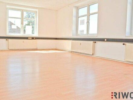 Helles Büro mit circa 120m² bei Korneuburg Ost