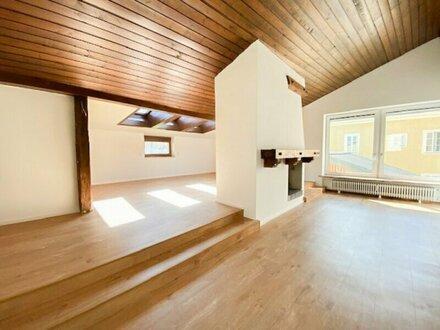 Neusanierte 2,5-Zimmer-Altbauwohnung in Neumarkt