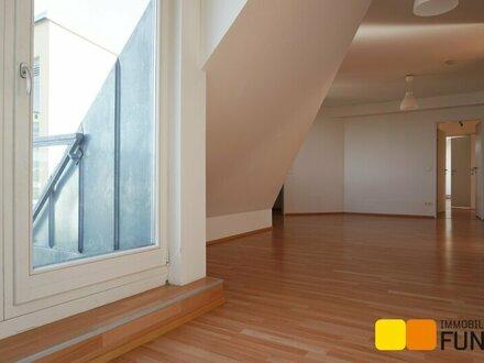 Sonnige 4-Zimmer-Dachgeschosswohnung mit Fernblick