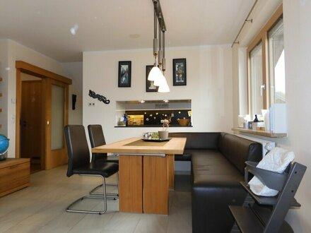 """4-Zimmer-Terrassenwohnung mit Flair """"On Top – schöner wohnen"""""""