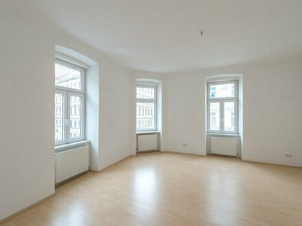 ++NEU** Nette 2-Zimmer Altbauwohnung, gutes Preis-Leistungsverhältnis!