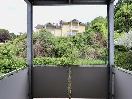 KIERLING! Gepflegter 3-Zimmer-Neubau mit zwei Balkonen und Garagenoption
