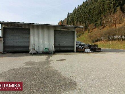 Bezirkshauptstadt Liezen! Lager- und Garagenhalle mit großer asphaltierter Parkplatzfläche
