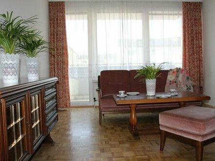 2,5 Zimmerwohnung mit Balkon in Uni Nähe