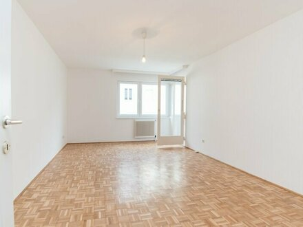 Nähe U4! Gut geschnittene 2-Zimmer-Loggiawohnung im 13. Bezirk!