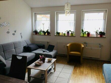 Charmante 2-Zimmer-Wohnung mit Balkon im Zentrum von Saalfelden