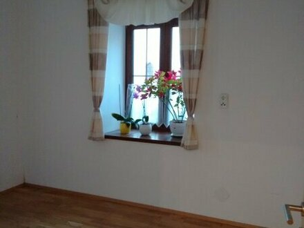 3264 TOP - 3 Zimmer Altbauwohnung im Zentrum von Gresten