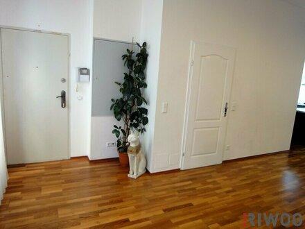 !! FÜR DEN GEHOBENEN ANSPRUCH: 165 m² wunderschöne, erstklassig möblierte Wohnung mit 70 m² Terrasse!!