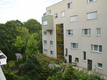 Wundervolle Wohnung 2 Zi. mit Balkon