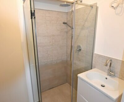 Hochwertig sanierte Kleinwohnung mit viel Charme, Stil und Wohnkomfort!