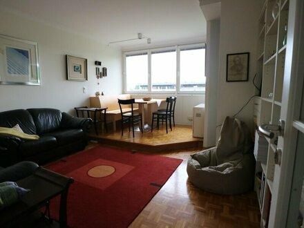 Sehr gepflegte 2-Zimmer-Wohnung - vollmöbliert