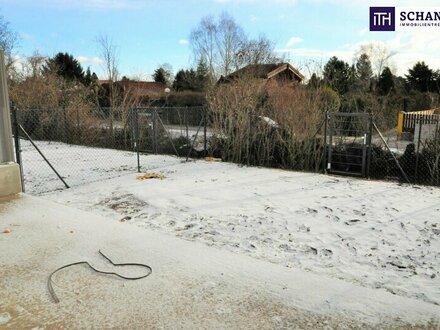 LETZTE CHANCE: Idyllisches Wohnen am Wasser - Reihenhaus mit perfekter Raumaufteilung mit eigener Loggia und schönem Eigengarten!