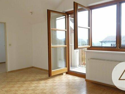 *****Provisionsfrei ! Dachgeschosswohnung 1 Zimmer inkl. Heizkosten Top 12