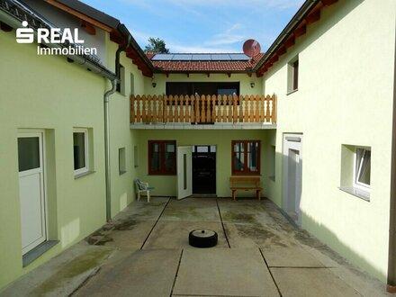 Qualitätsvoll sanierter Vierkanthof mit schönem Garten und großem Nebengebäude