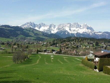 Tiroler Landhaus mit prächtigem, unverbaubarem Kaiserblick und attraktiver Lage - Freizeitwohnsitz - vielseitige Nutzung