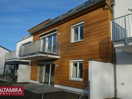 Maiaktion: Küche als Frühjahrsgeschenk! Gut genutzter Raum und ein sonniger Balkon