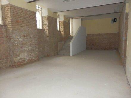 Ca. 130 m² Geschäftslokal mit Potenzial - Neulinggasse