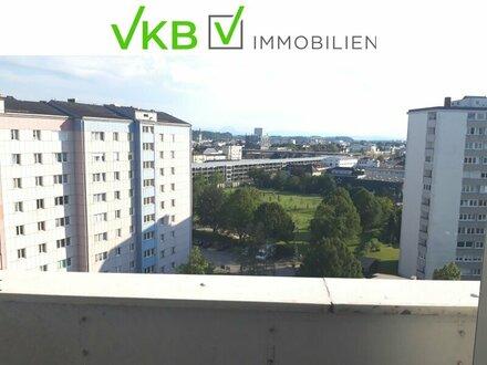 Tolle Wohnung mit direktem Blick zum Traunstein und auf das Alpen Panorama vom 10. Obergeschoß, als Anlage oder zur Eigennutzung!