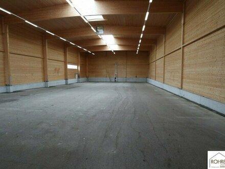 Lagerhalle in Lenzing