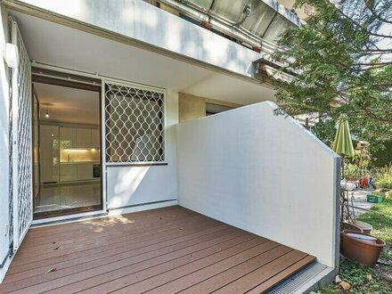 Kleine 1,5 Zimmer Wohnung mit Terrasse in Grinzing (Sauna, Schwimmbad im Haus)