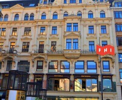 Sonnendurchflutetes Penthouse-Büro am Neuen Markt auf 2 Ebenen***Traumlage in der City***