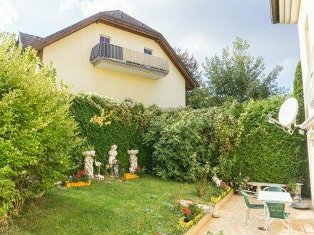 Top-Ruhelage! Zwei- Zimmer Eigentumswohnung mit sonnigem Eigengarten! ⫸ Immobilienquartier