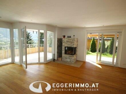 5700 Zell am See : Bruckberg ; 4 Zimmer Wohnung 117m², Garage , Garten, Terrasse, Kamin, neuwertig ! unverbaubarer Weitblick…