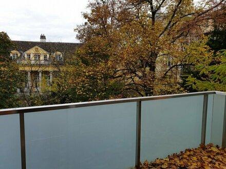 Ruhige Pärchenwohnung mit Balkon