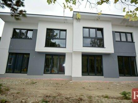 Hirschstetten - moderne Einfamilien- und Doppelhäuser in zentraler Grünruhelage