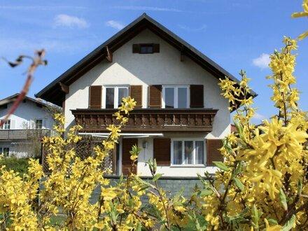 Charmantes Haus mit Potenzial in Bestlage