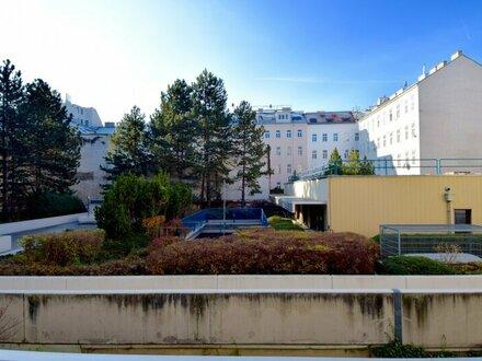 EUM - Rarität: stylische Altbauwohnung mit Balkon und Westblick!