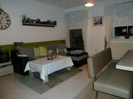 Sehr schöne Wohnung mit guter Raumaufteilung