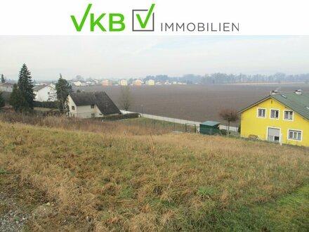 Baugrund mit Ausblick in neuer Siedlungslage