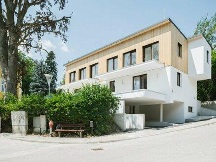 TERRASSENTRAUM SÜDSEITIG - Elegante Doppelhaushälfte in Massivbauweise NÄHE SACRÈ COEUR - belagsfertig - inklusive 2 Stellplätzen