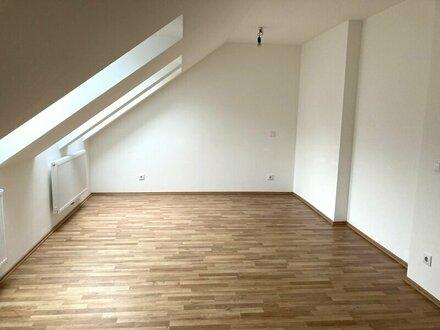 Tolle Single-Wohnung mit Balkon zu vermieten!
