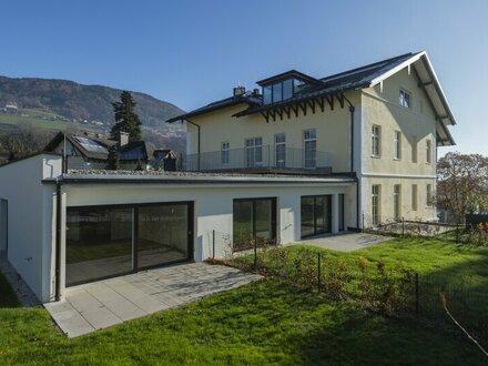 Stilvolle Gartenwohnung mit gemütlicher Terrasse in anmutiger, eleganter Villa (Top 4)