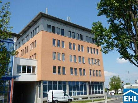 Bürohaus mit moderner Architektur