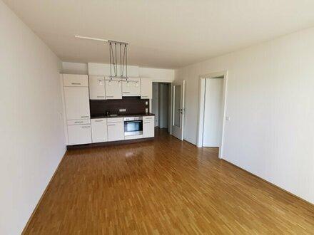Sonnige 2-Zimmer-Wohnung in St. Johann/Plankenau