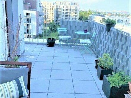 Schicke Dachterrassenwohnung - neuwertig !