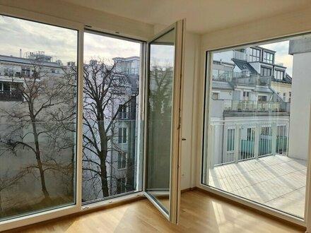 EXCLUSIVE! Sonnige DG-Wohnung + 82m2 Terrassen! mit Blick ins Grüne