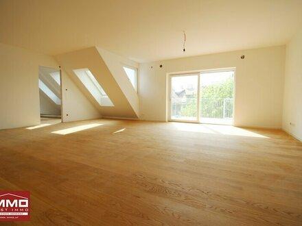 ! Beeindruckende 4-Zimmer DACHGESCHOSSWOHNUNG mit riesiger Dachterrasse zwischen Augarten und Prater !